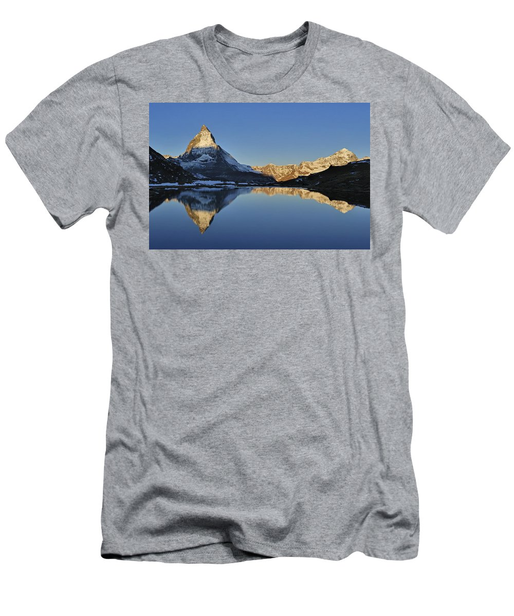 Feb0514 Men's T-Shirt (Athletic Fit) featuring the photograph The Matterhorn And Riffelsee Lake by Thomas Marent