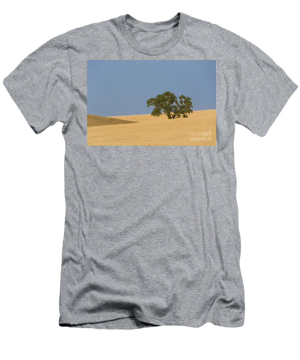 Tree Men's T-Shirt (Athletic Fit) featuring the photograph Tree In Field by John Shaw