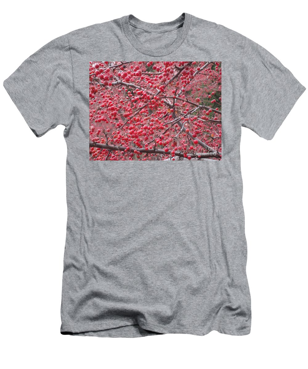 Berries Men's T-Shirt (Athletic Fit) featuring the photograph Winter by Joseph Yarbrough