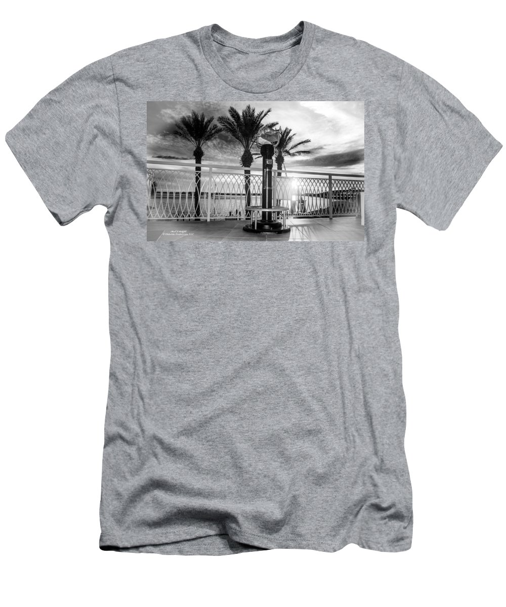 Palm Trees Men's T-Shirt (Athletic Fit) featuring the photograph 2014 11 11 01 B Bw Destin Pm 0306 by Mark Olshefski