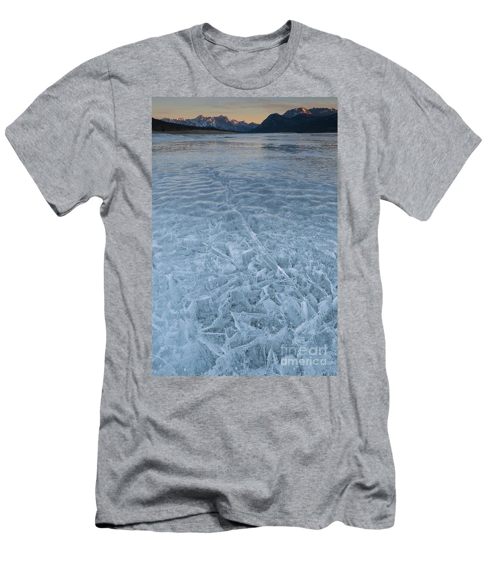 Nature Men's T-Shirt (Athletic Fit) featuring the photograph Ice On Abraham Lake by John Shaw