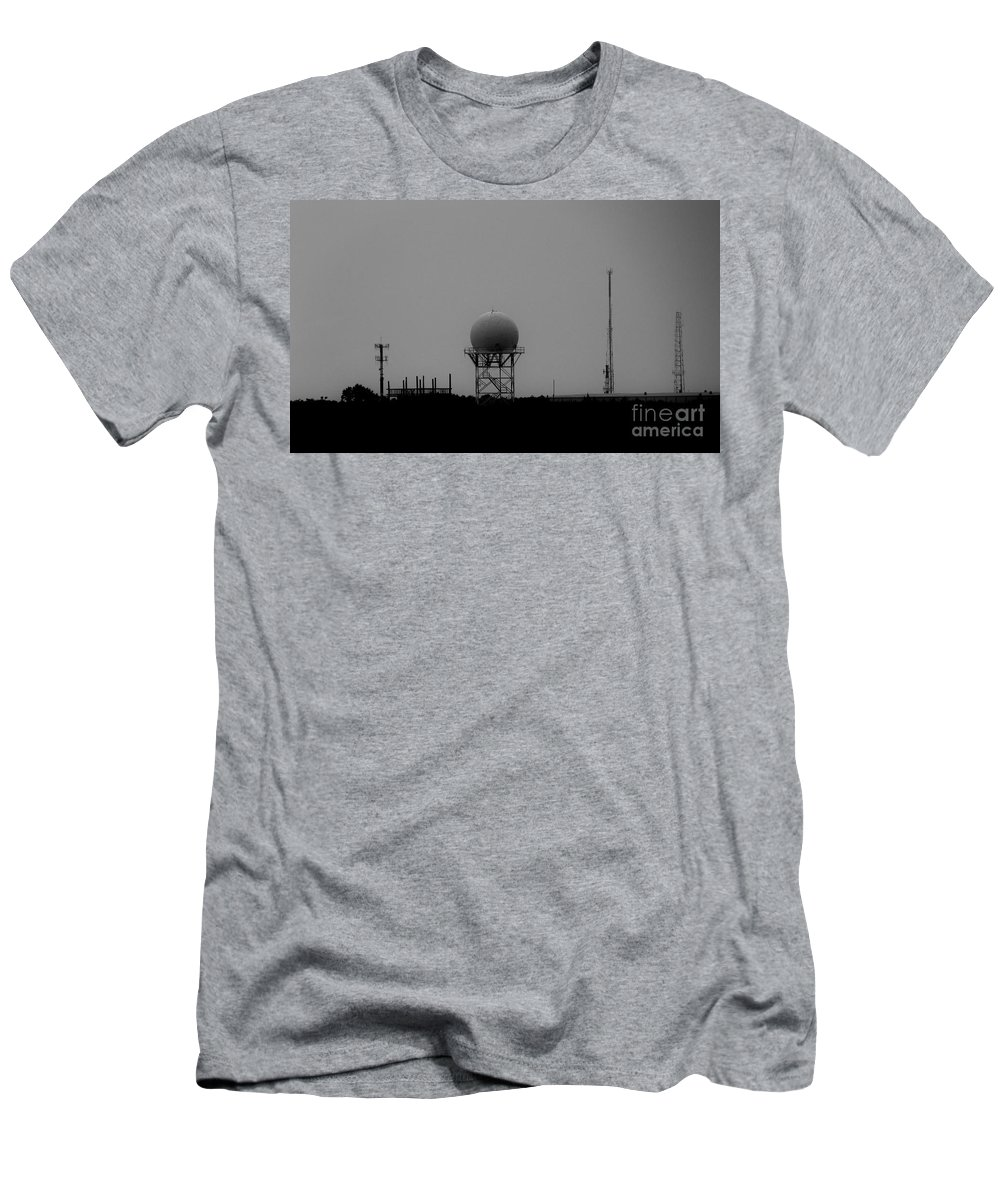 Black And White Men's T-Shirt (Athletic Fit) featuring the photograph Airport Gcm by Amar Sheow