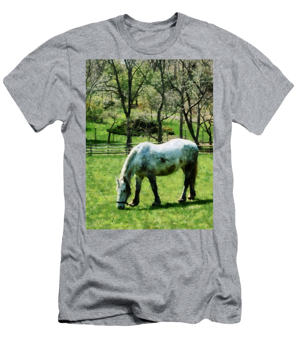 Horse Men's T-Shirt (Athletic Fit) featuring the photograph Appaloosa In Pasture by Susan Savad