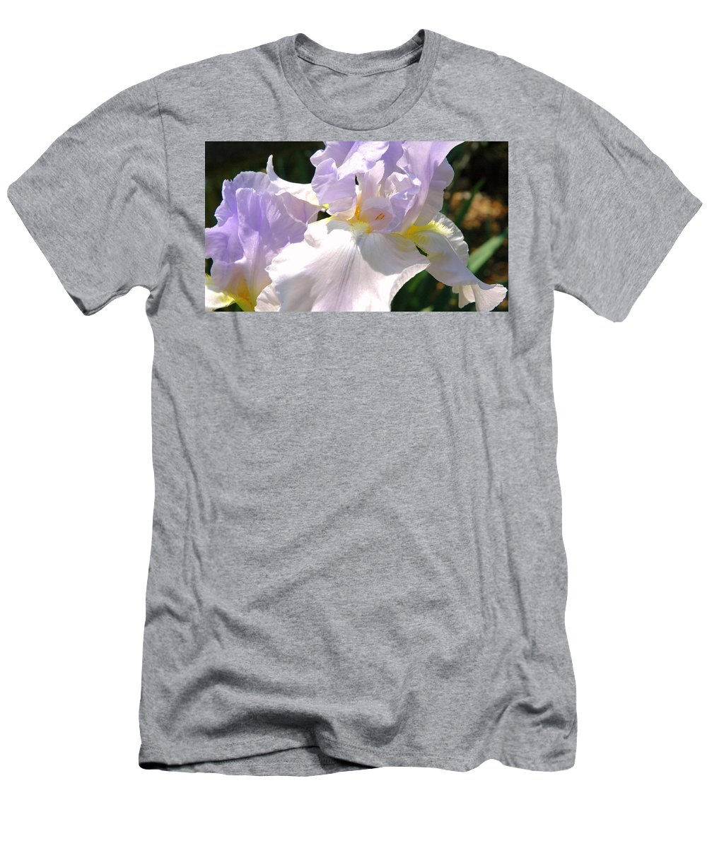 Bearded Iris Men's T-Shirt (Athletic Fit) featuring the photograph Bearded Iris by Roe Rader