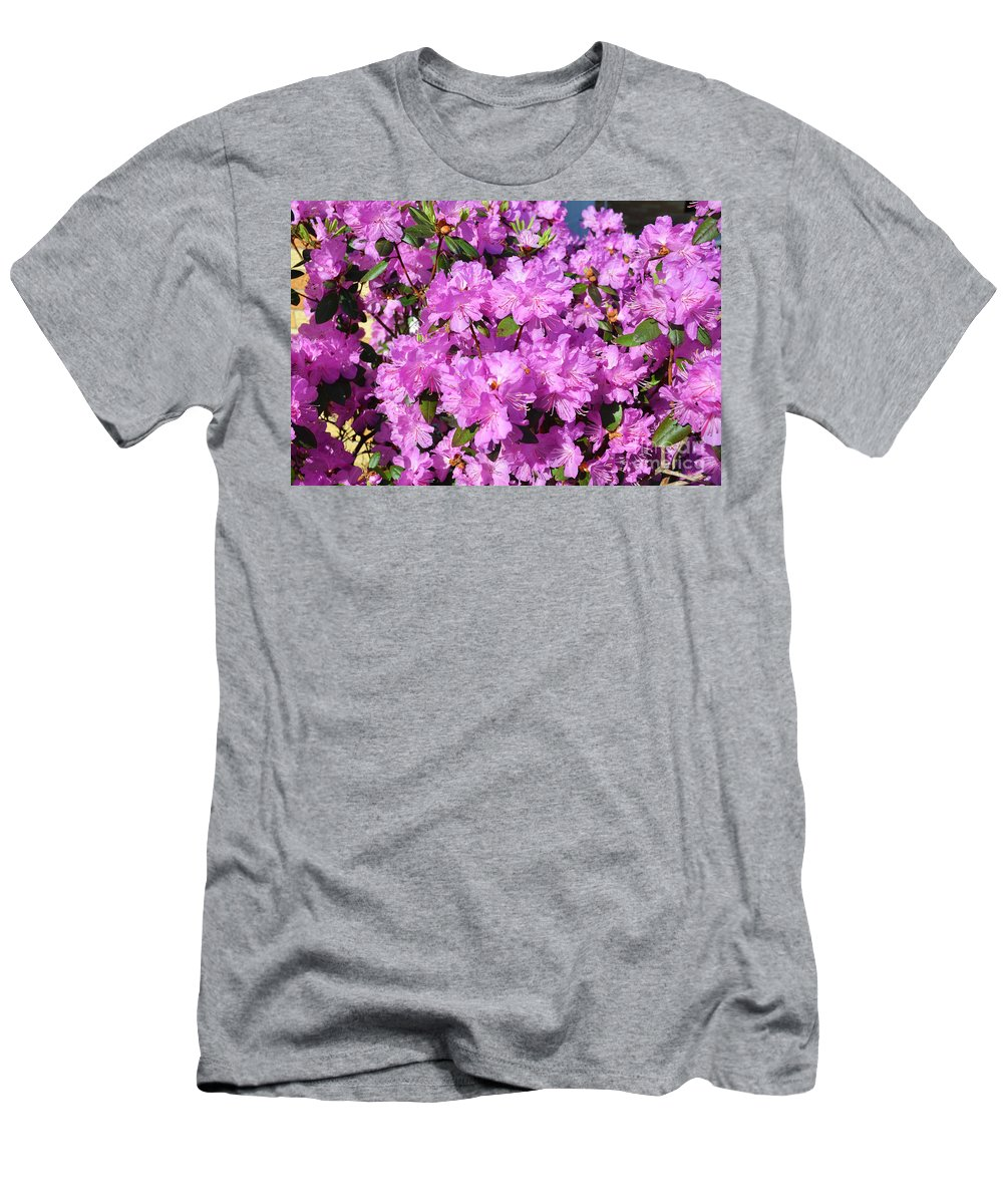 Quincy Illinois Men's T-Shirt (Athletic Fit) featuring the photograph Blooming Pink Azaleas by Luther Fine Art
