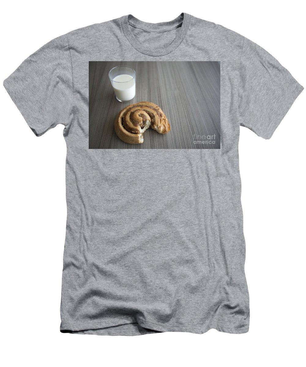 Bun Men's T-Shirt (Athletic Fit) featuring the photograph Bun And Milk by Mats Silvan