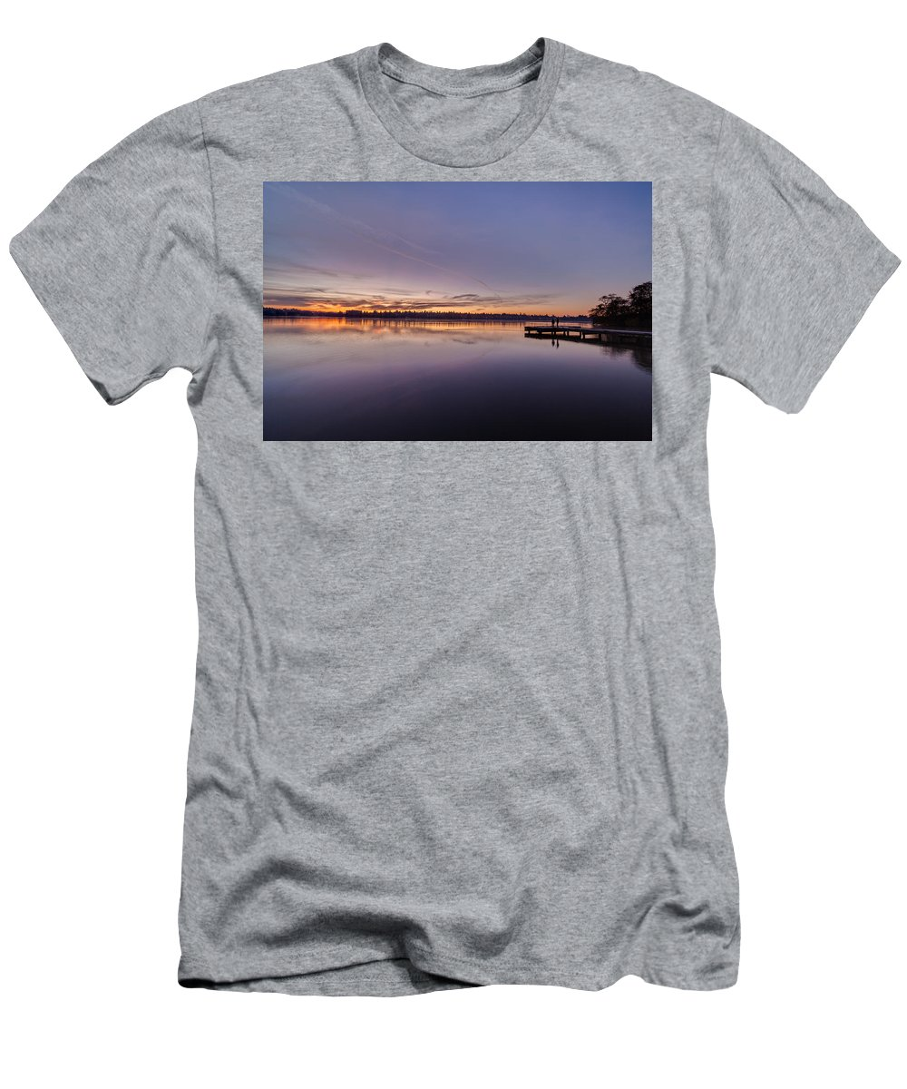 Greenlake Men's T-Shirt (Athletic Fit) featuring the photograph Cal Greenlake Morning by Mike Reid