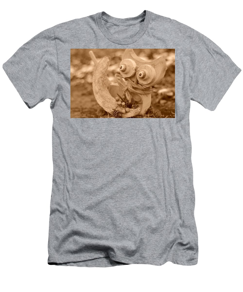 Cat Men's T-Shirt (Athletic Fit) featuring the photograph Cats Eyes by Miguel Winterpacht