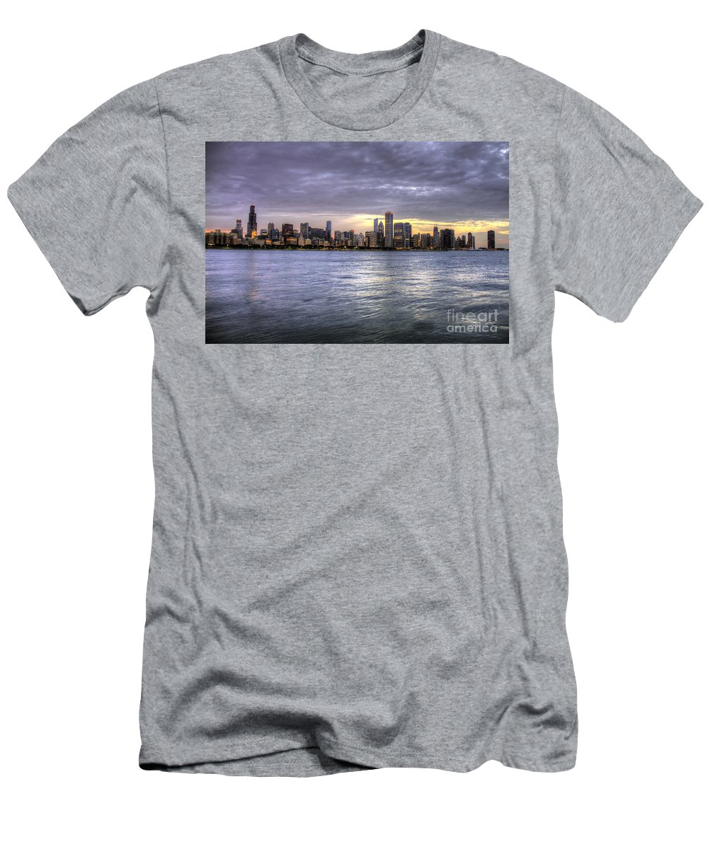 Canon Men's T-Shirt (Athletic Fit) featuring the photograph Chicago Skyline Sunset by Steven K Sembach