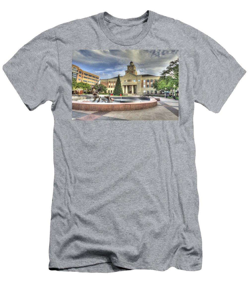 Sugar Land Men's T-Shirt (Athletic Fit) featuring the photograph Christmas At Sugar Land City Hall by David Morefield