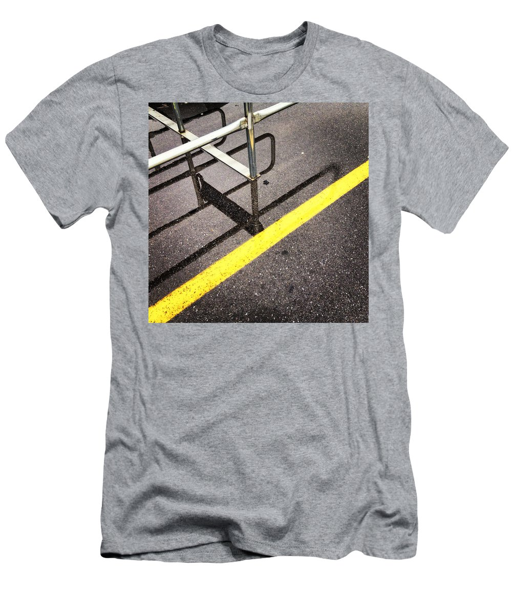 Kg Men's T-Shirt (Athletic Fit) featuring the photograph Cold Morning Shopping by KG Thienemann
