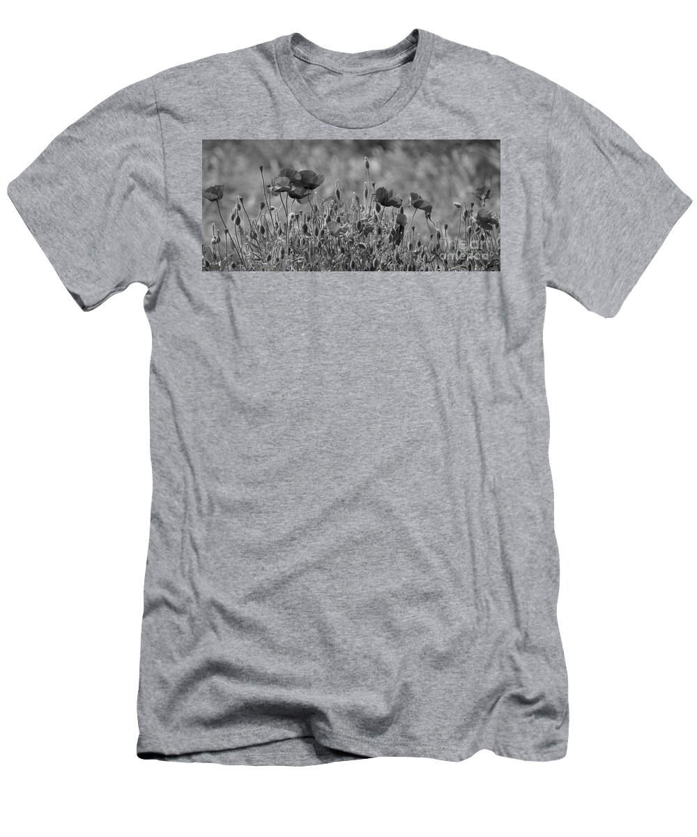 Poppies Men's T-Shirt (Athletic Fit) featuring the photograph Colour Blind Poppies 2 by Carol Lynch