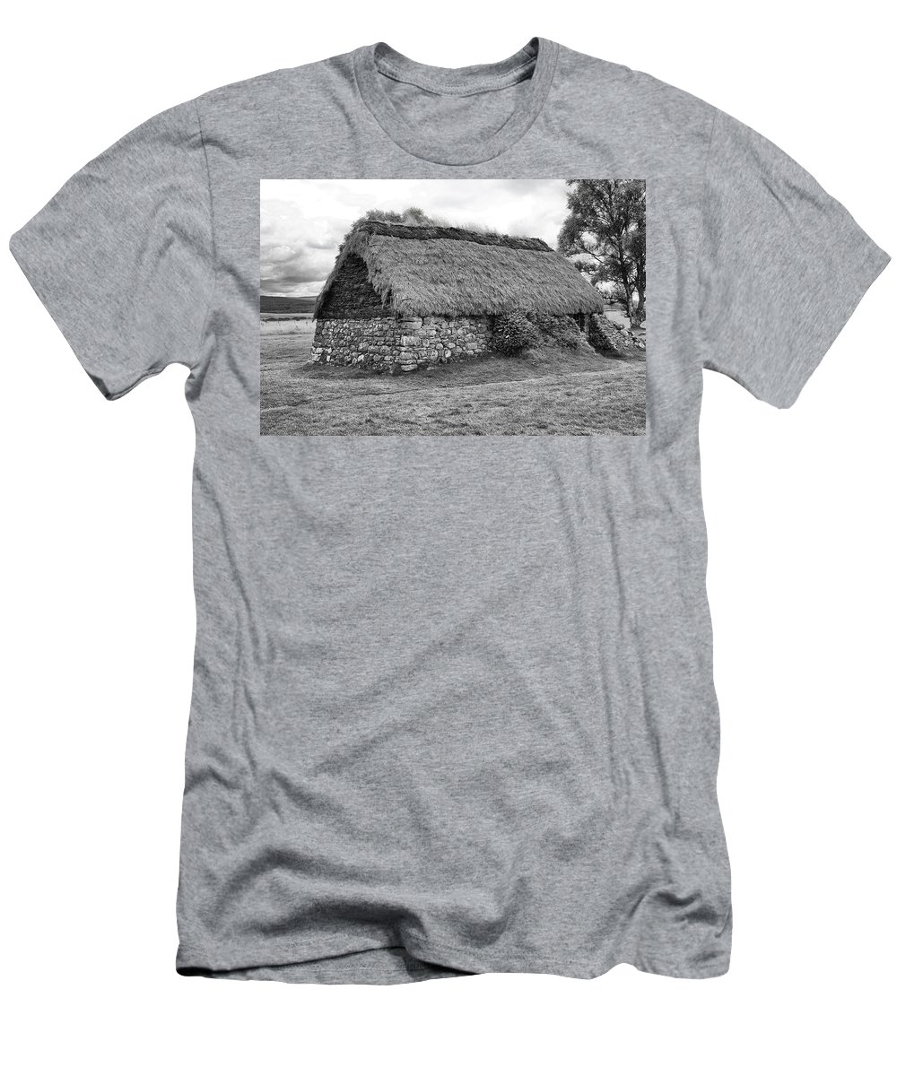 Cottage Men's T-Shirt (Athletic Fit) featuring the photograph Cottage by Eunice Gibb