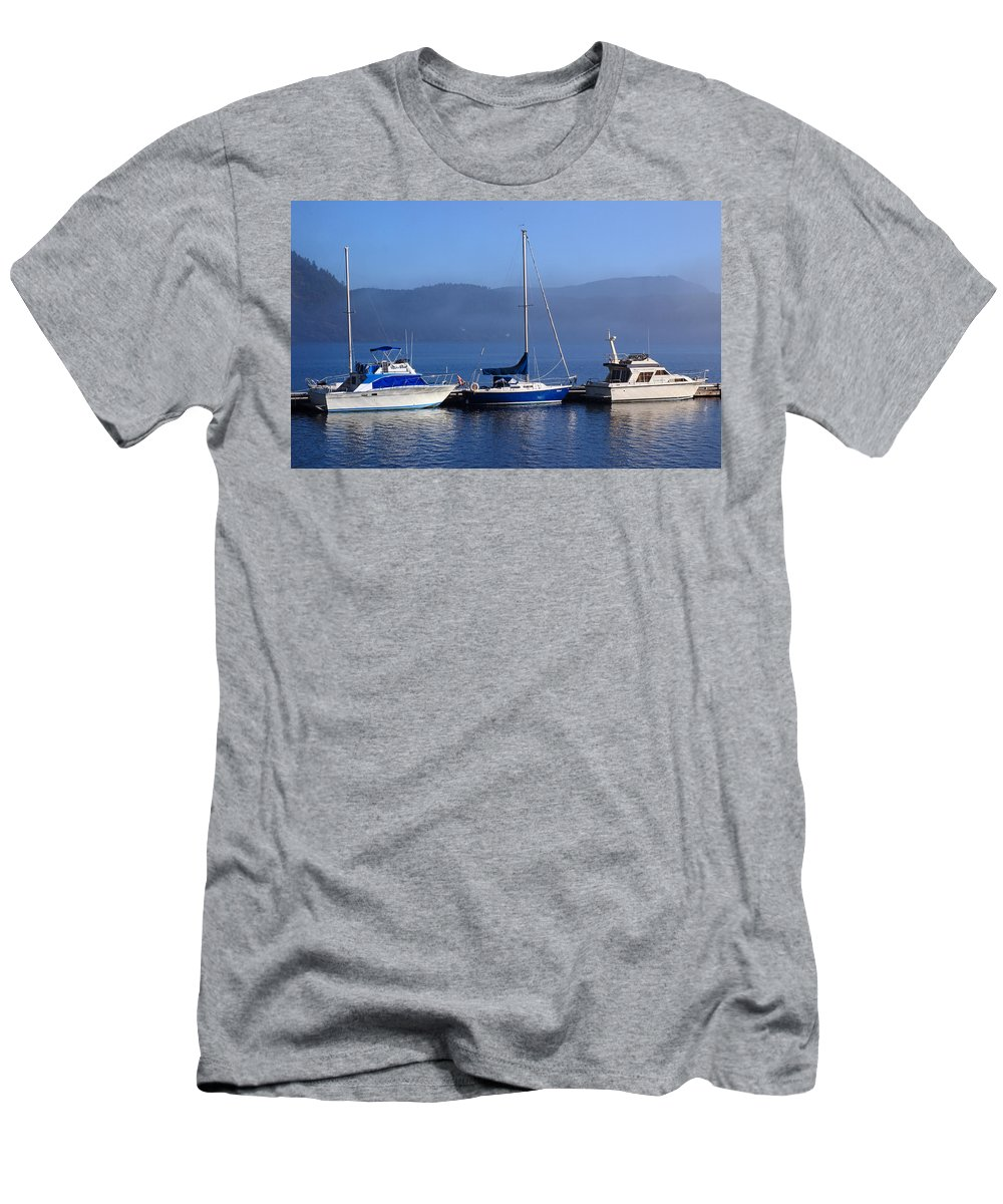 Boats Men's T-Shirt (Athletic Fit) featuring the photograph Cow Bay Trio by Randy Hall