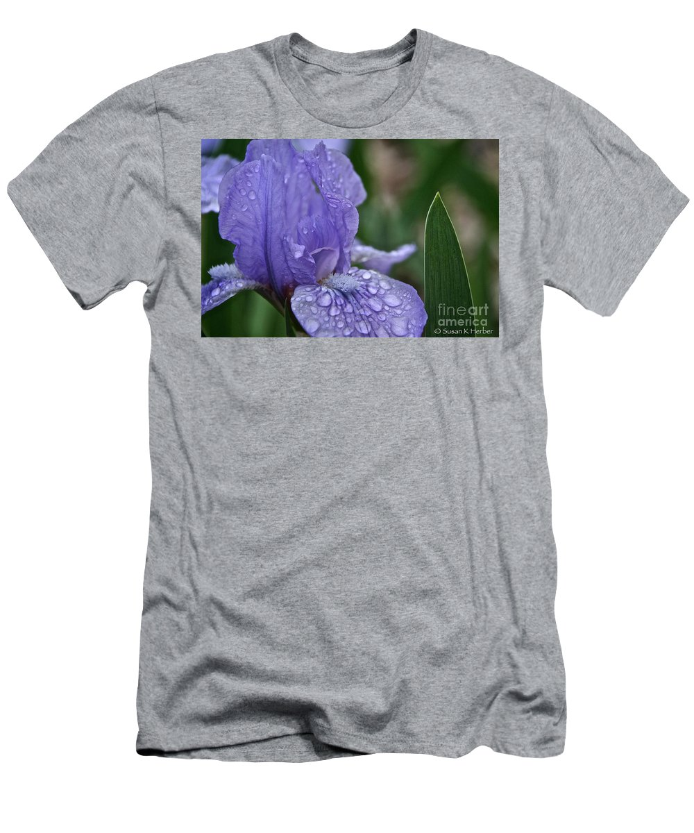 Flower Men's T-Shirt (Athletic Fit) featuring the photograph Crystal Blue by Susan Herber