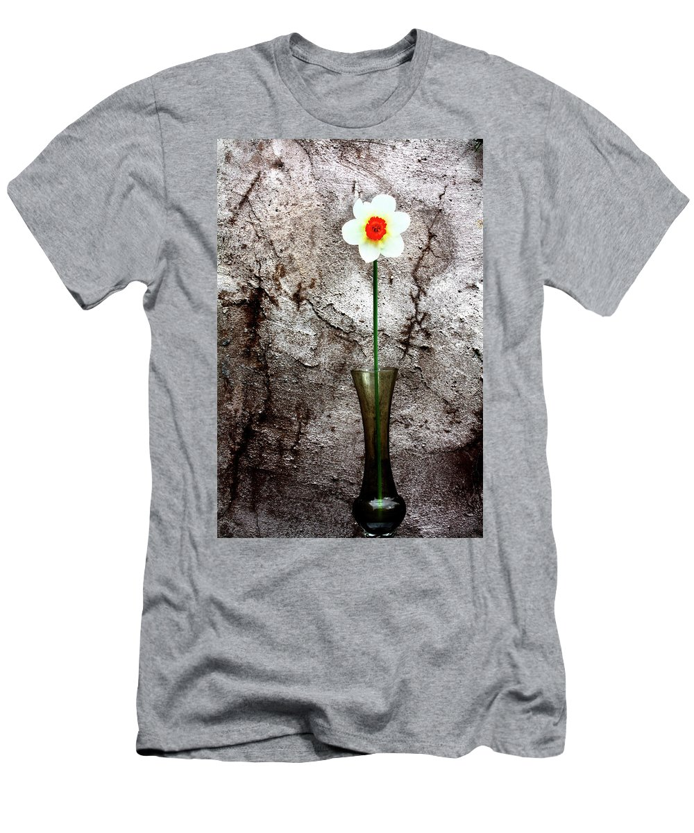 Daffodil Men's T-Shirt (Athletic Fit) featuring the photograph Daffodil by Gray Artus