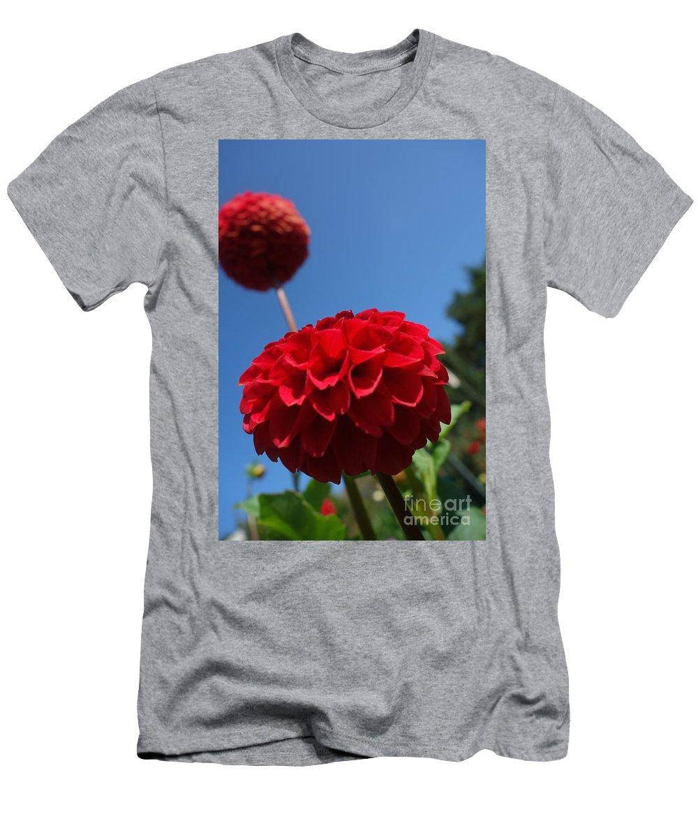 Flowing Men's T-Shirt (Athletic Fit) featuring the photograph Dahlia #4 by Jacqueline Athmann