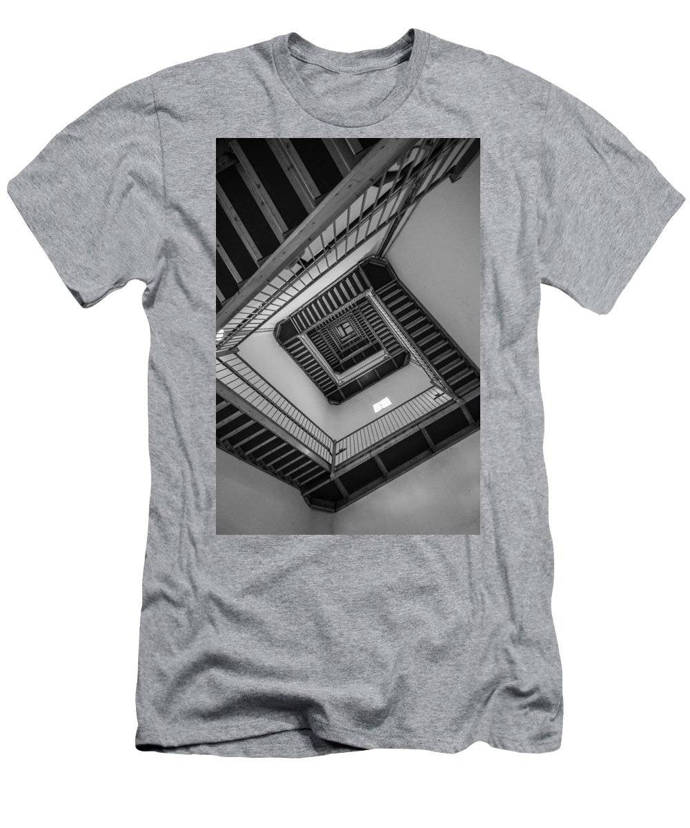 New Jersey Men's T-Shirt (Athletic Fit) featuring the photograph Dizzy by Kristopher Schoenleber