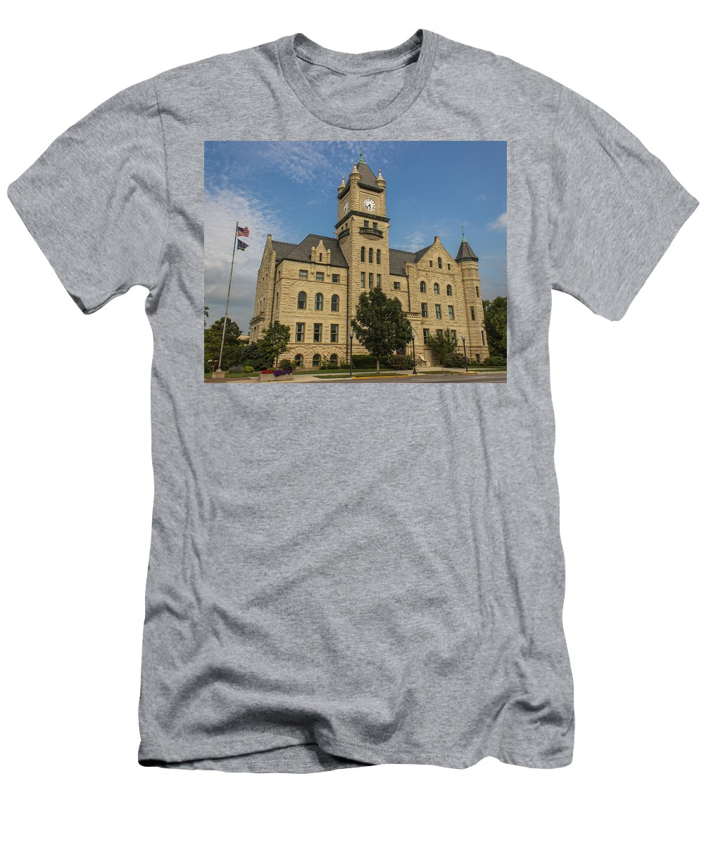 Court Men's T-Shirt (Athletic Fit) featuring the photograph Douglas County Courthouse 4 by Ken Kobe