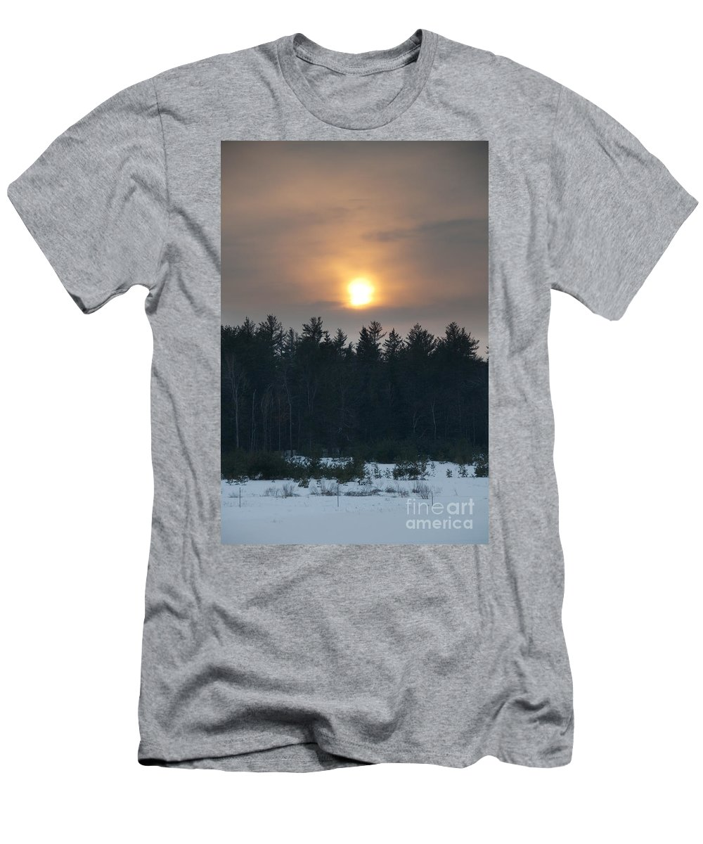 Sunsets Men's T-Shirt (Athletic Fit) featuring the photograph Dusky Sunset by Cheryl Baxter