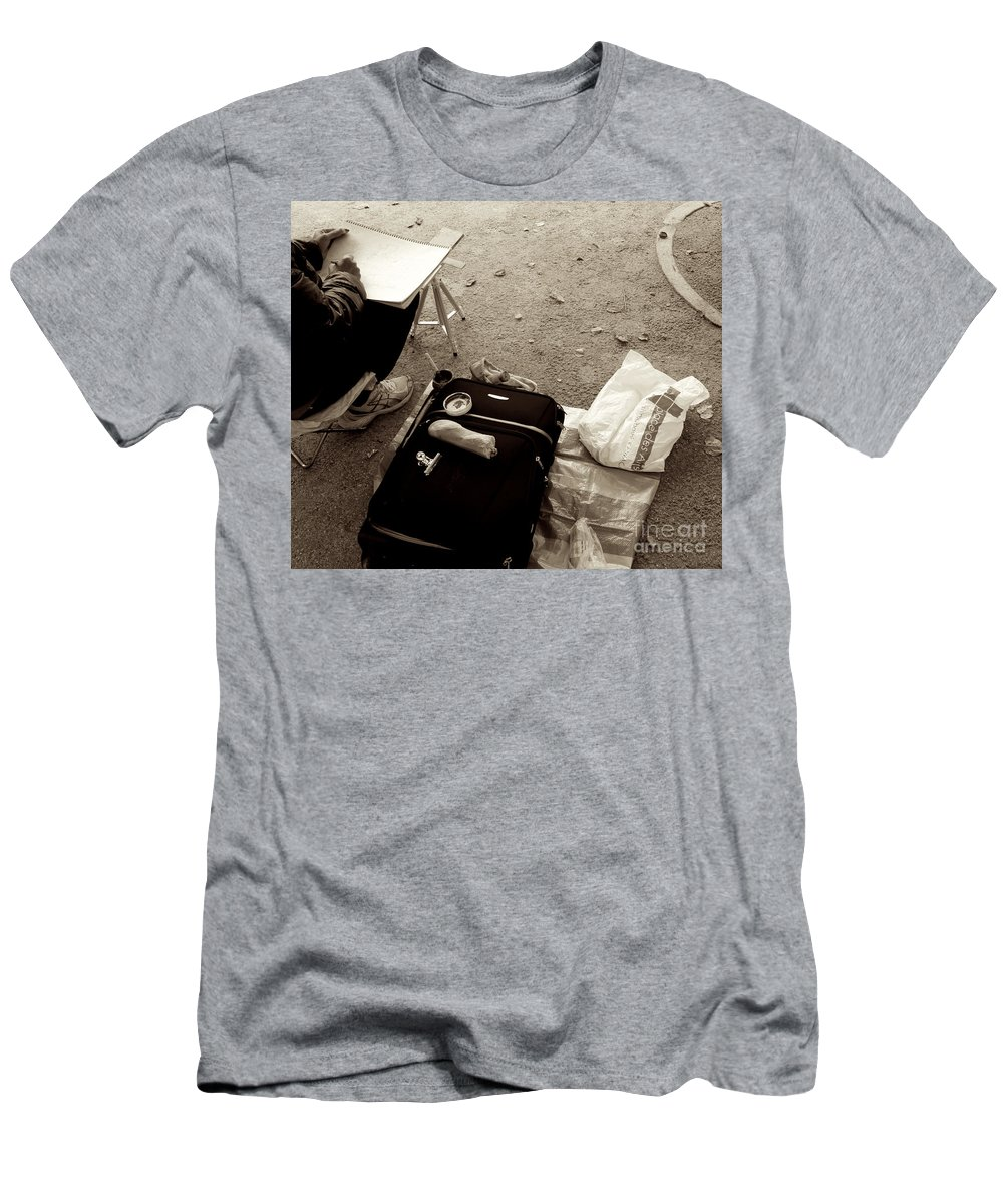 Paris Men's T-Shirt (Athletic Fit) featuring the photograph Feed The Art by Donato Iannuzzi