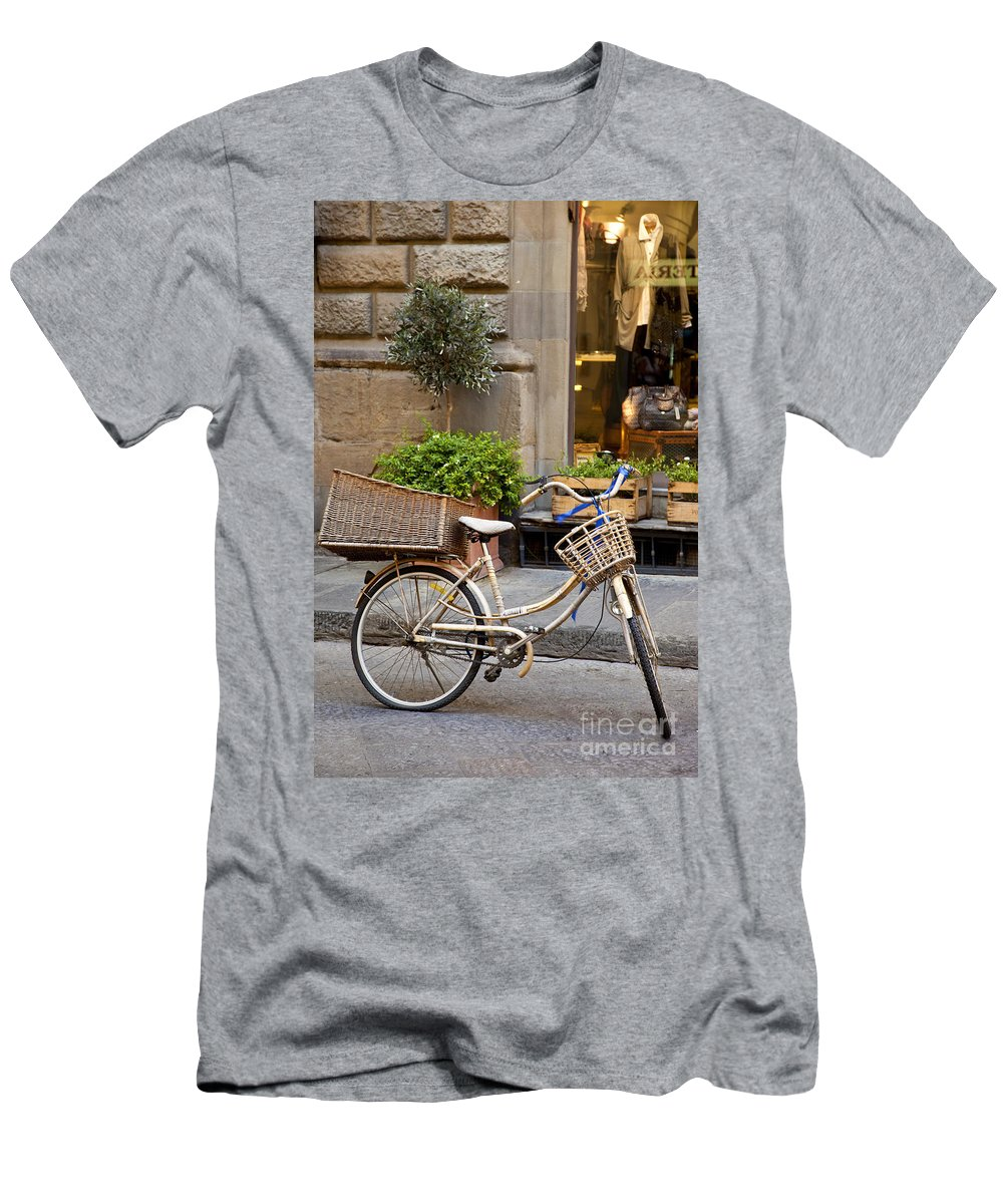 Bicycle Men's T-Shirt (Athletic Fit) featuring the photograph Florence Bicycle by Brian Jannsen