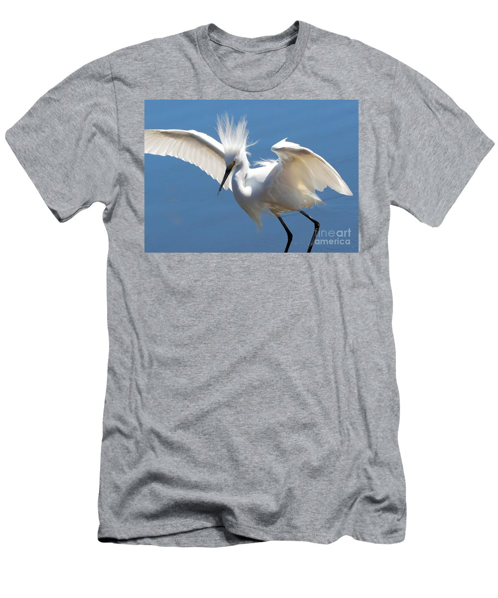 Egret Men's T-Shirt (Athletic Fit) featuring the photograph Fun Snowy Egret by Carol Groenen