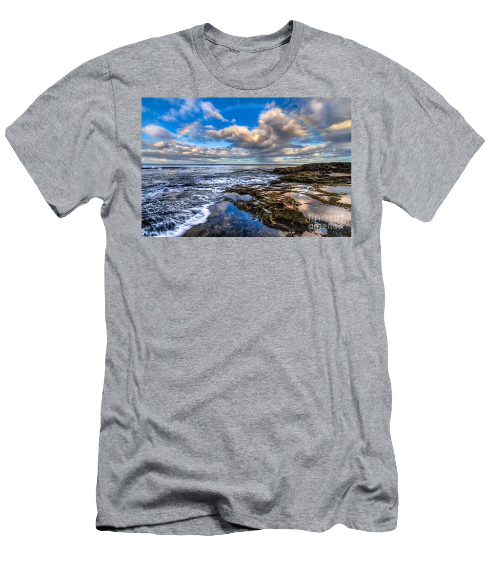Hawaii Men's T-Shirt (Athletic Fit) featuring the photograph Hawaiian Morning by Anthony Bonafede