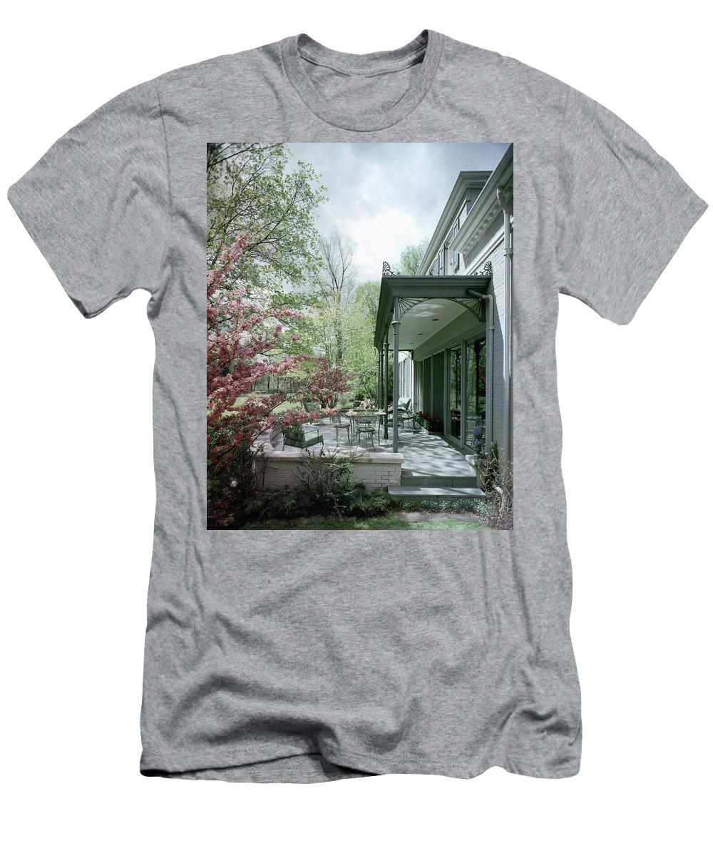 Garden Men's T-Shirt (Athletic Fit) featuring the photograph Hollis Baker's Patio by Pedro E. Guerrero