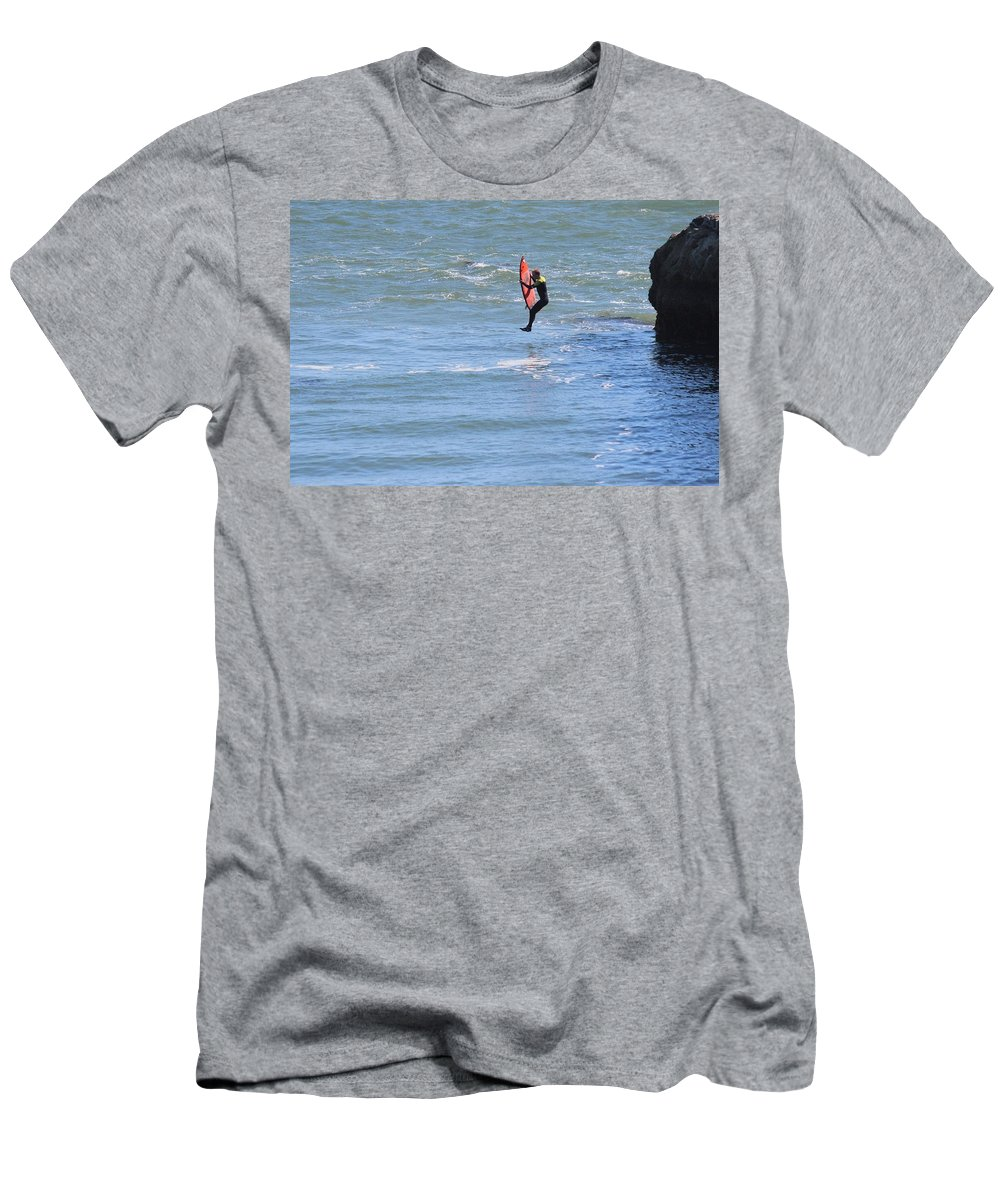 Santa Cruz Men's T-Shirt (Athletic Fit) featuring the photograph Hovering by Robert Phelan