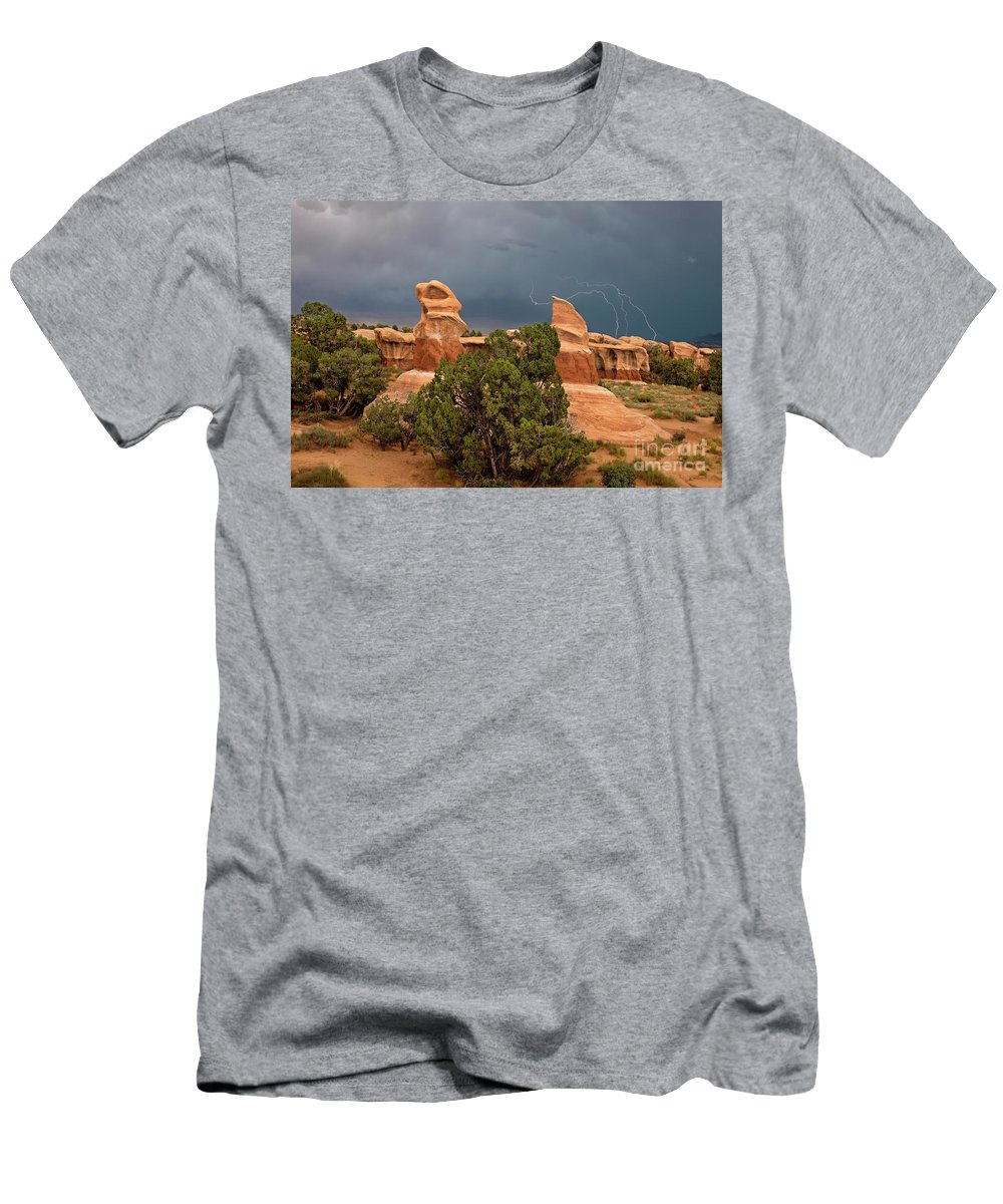 North America Men's T-Shirt (Athletic Fit) featuring the photograph Lightning Devils Garden Escalante Grand Staircase Nm Utah by Dave Welling
