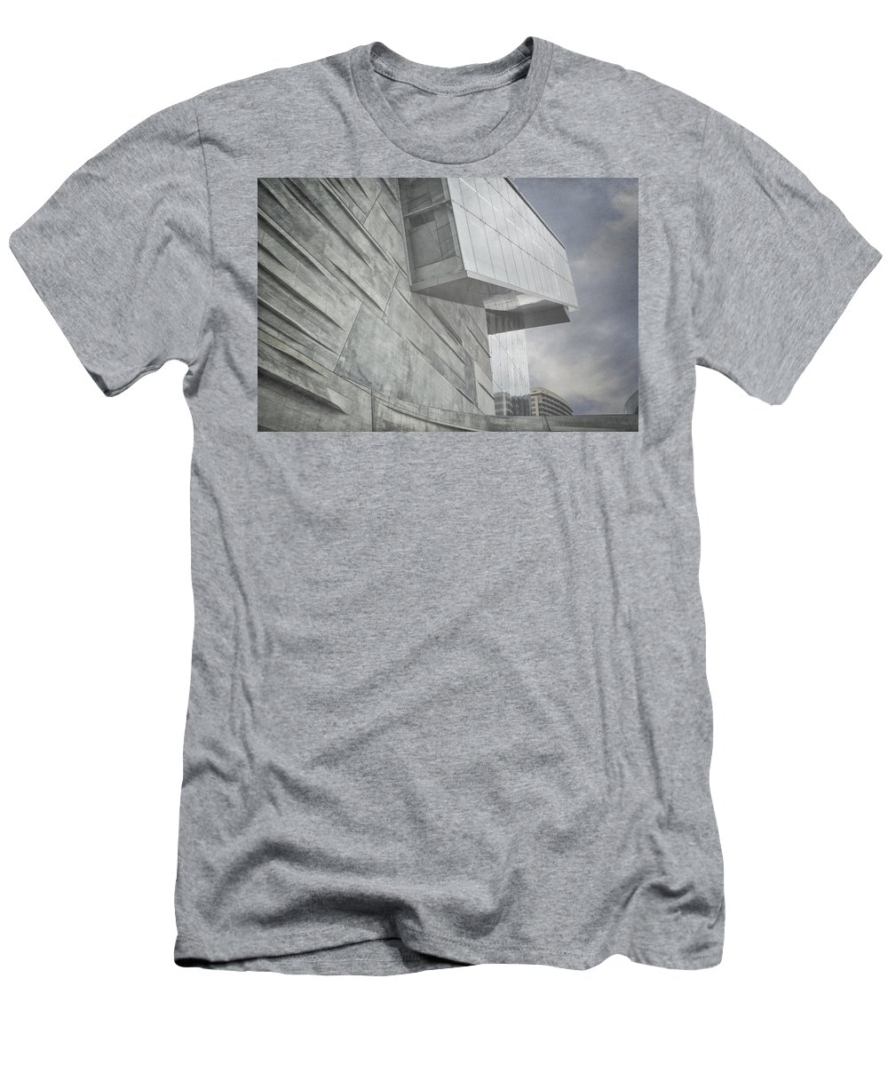 Museum Men's T-Shirt (Athletic Fit) featuring the photograph Looming by Joan Carroll