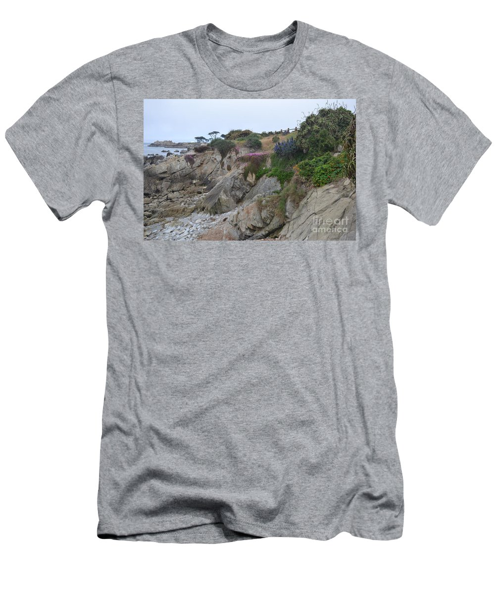 Ocean Men's T-Shirt (Athletic Fit) featuring the photograph Low Tide by Mary Rogers