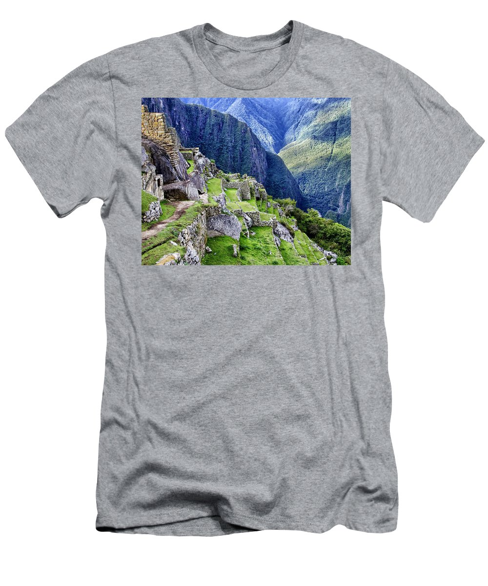 Macchu Picchu Men's T-Shirt (Athletic Fit) featuring the photograph Macchu Picchu Peru - Ruins by Jon Berghoff