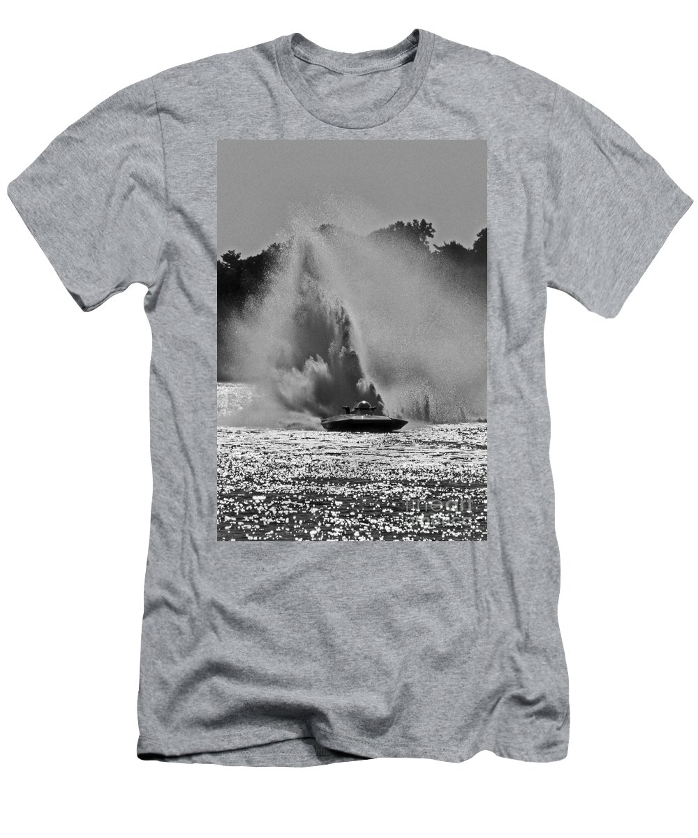 Maritime Men's T-Shirt (Athletic Fit) featuring the photograph Making Rain by Skip Willits