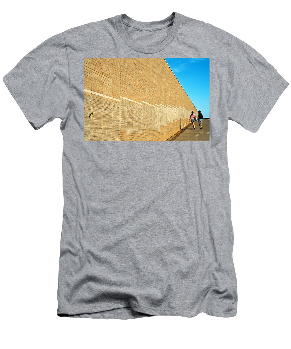 Buenos Men's T-Shirt (Athletic Fit) featuring the photograph Memory Park by Jess Kraft
