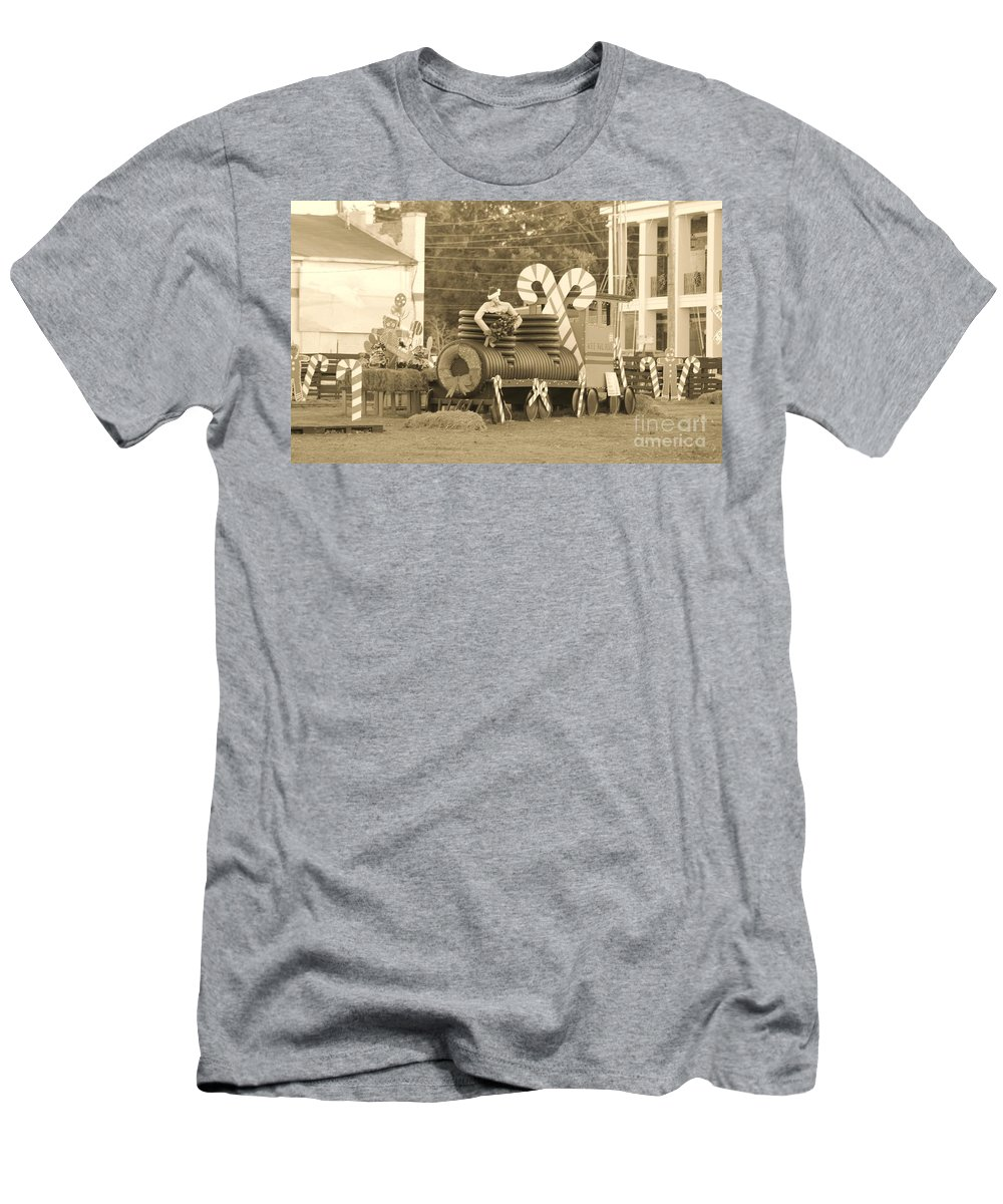 Fire Truck Men's T-Shirt (Athletic Fit) featuring the photograph Mississippi Christmas 11 by Michelle Powell