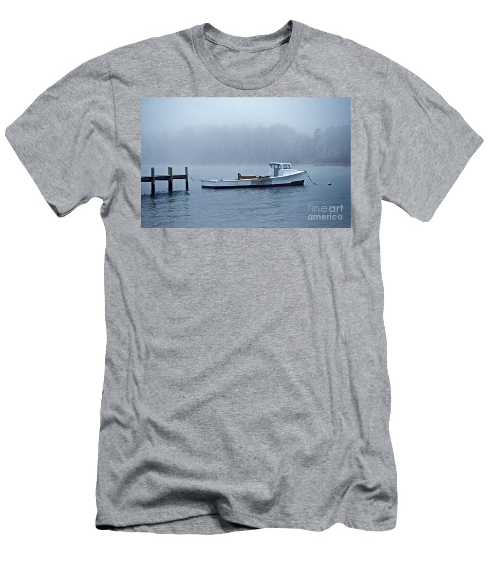 Maritime Men's T-Shirt (Athletic Fit) featuring the photograph Morning Cap by Skip Willits