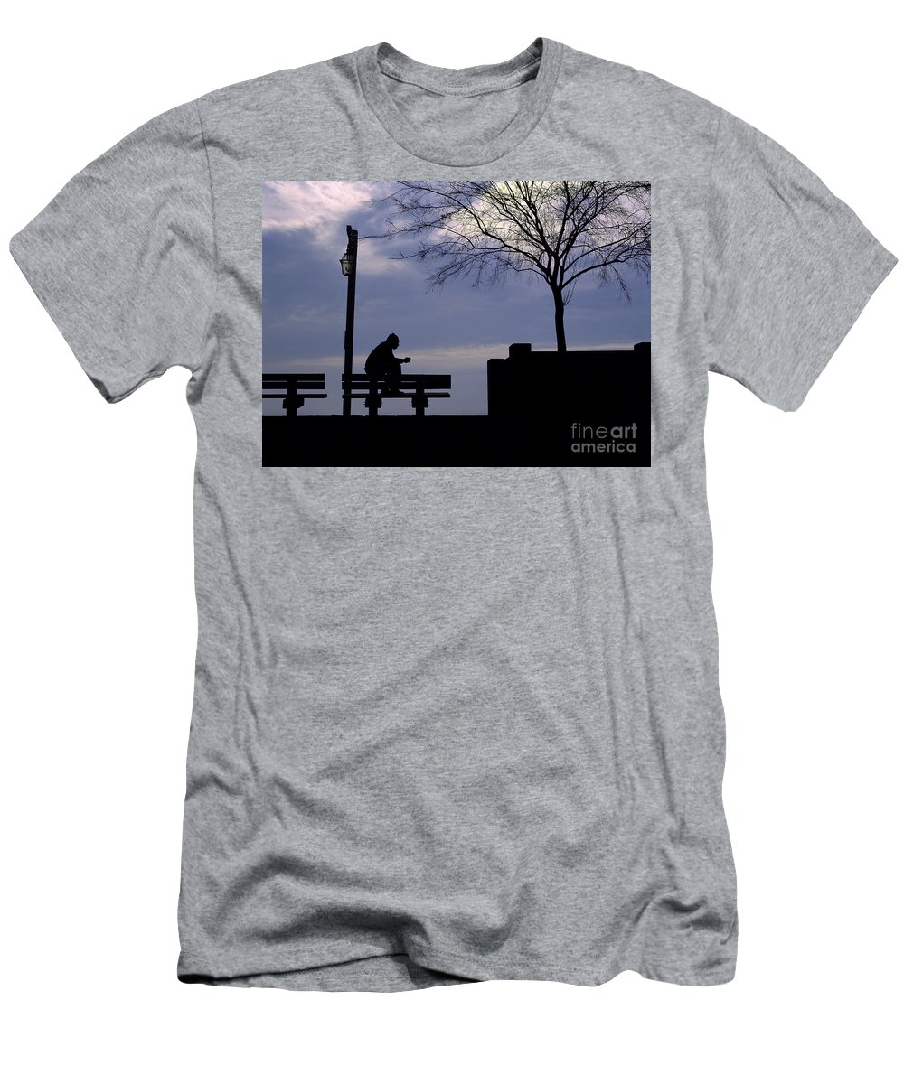 Silhouette Men's T-Shirt (Athletic Fit) featuring the photograph New Orleans Riverwalk Silhouette by Mike Nellums
