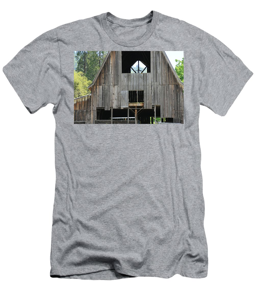 Old Men's T-Shirt (Athletic Fit) featuring the photograph Old Oregon Barn by Katie Wing Vigil