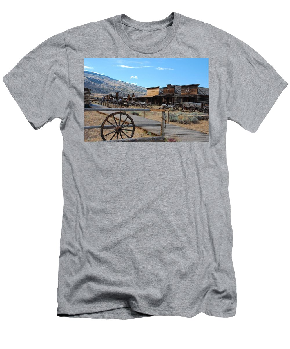 Abandoned Men's T-Shirt (Athletic Fit) featuring the photograph Old Trail Town  by Dany Lison