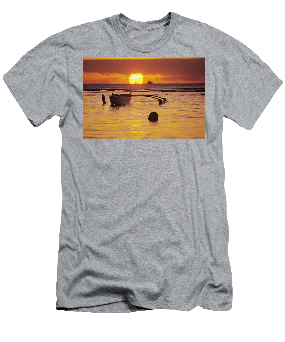 Aku Men's T-Shirt (Athletic Fit) featuring the photograph Outigger Canoe Silhouette by Joss - Printscapes