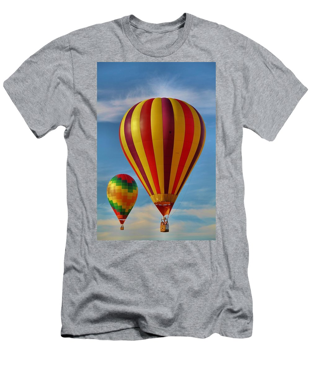 Hot Air Balloon Photograph Men's T-Shirt (Athletic Fit) featuring the photograph Oz by Dan Sproul