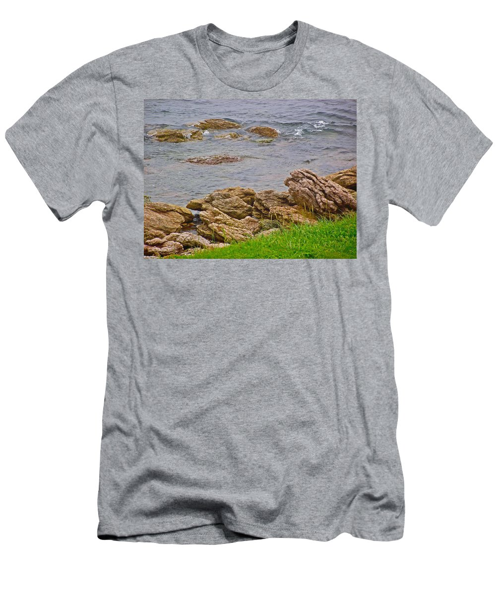 Patch Reefs At Point Amour In Labrador Men's T-Shirt (Athletic Fit) featuring the photograph Patch Reefs At Point Amour In Labrador by Ruth Hager