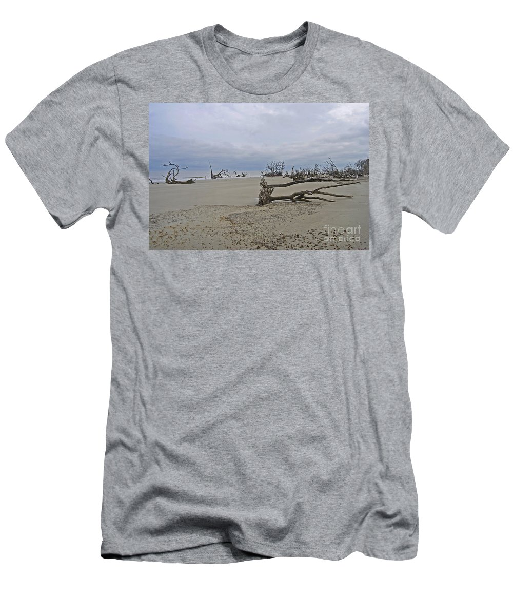 Scenic Tours Men's T-Shirt (Athletic Fit) featuring the photograph People In The Boneyard by Skip Willits
