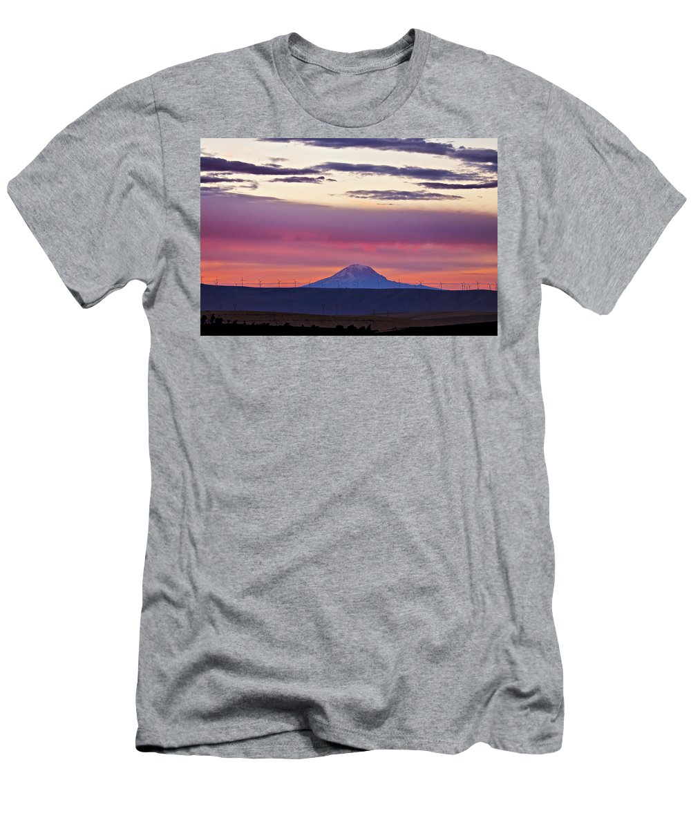 Mt Hood Men's T-Shirt (Athletic Fit) featuring the photograph Powerful Sunset by Albert Seger
