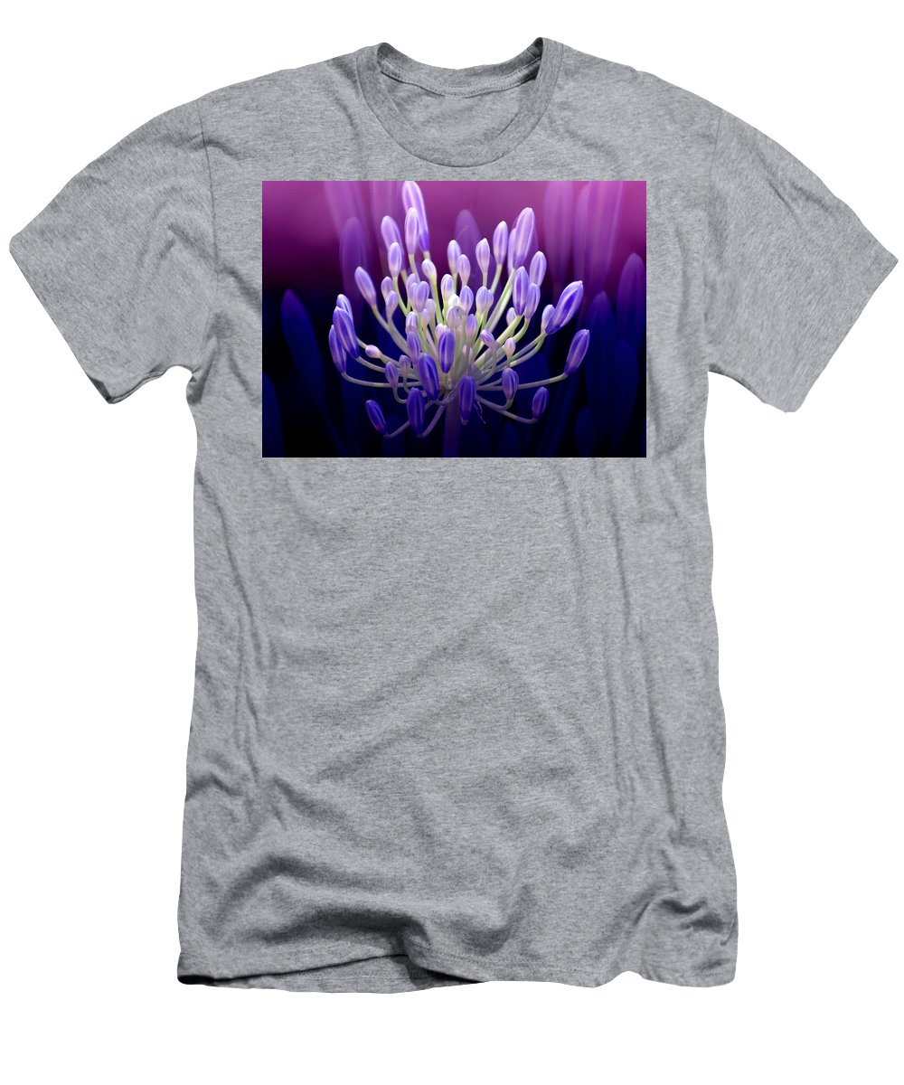 Agapanthus Men's T-Shirt (Athletic Fit) featuring the photograph Praise by Holly Kempe