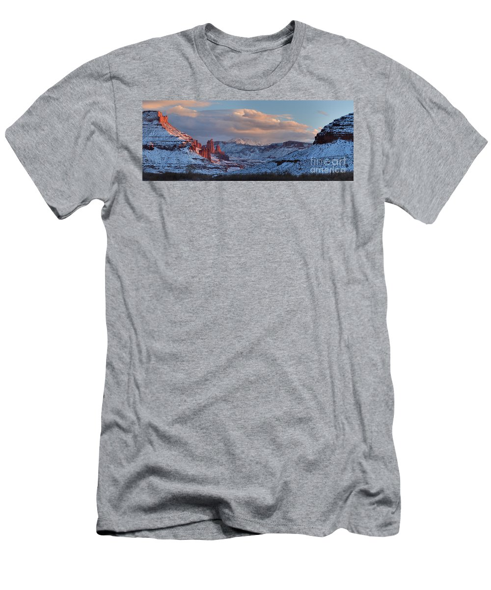 Fisher Towers Panoramic Men's T-Shirt (Athletic Fit) featuring the photograph Red Glow In A Sea Of White - Panorama by Adam Jewell
