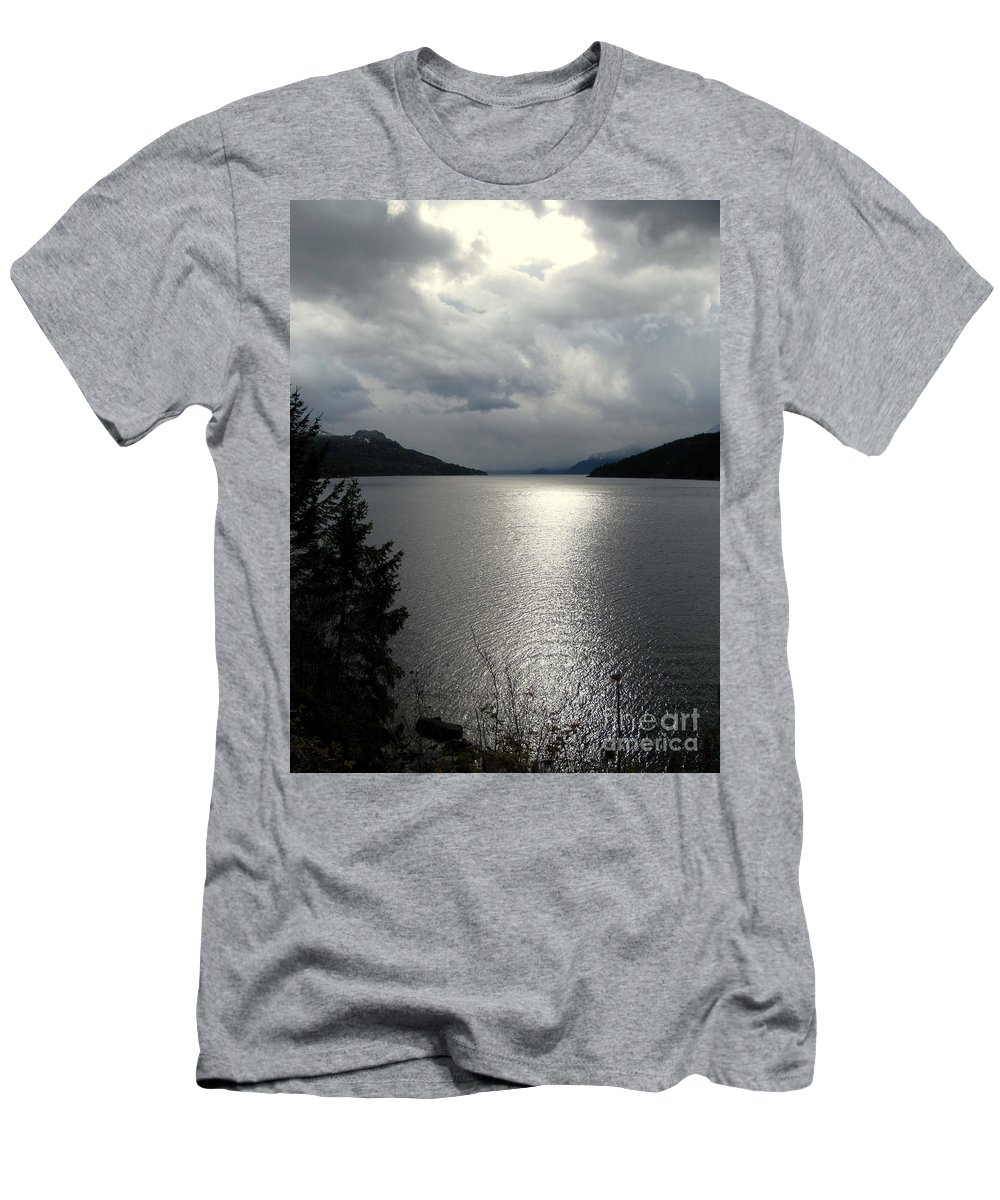 Kootenay Men's T-Shirt (Athletic Fit) featuring the photograph Remants Of Sunshine by Leone Lund