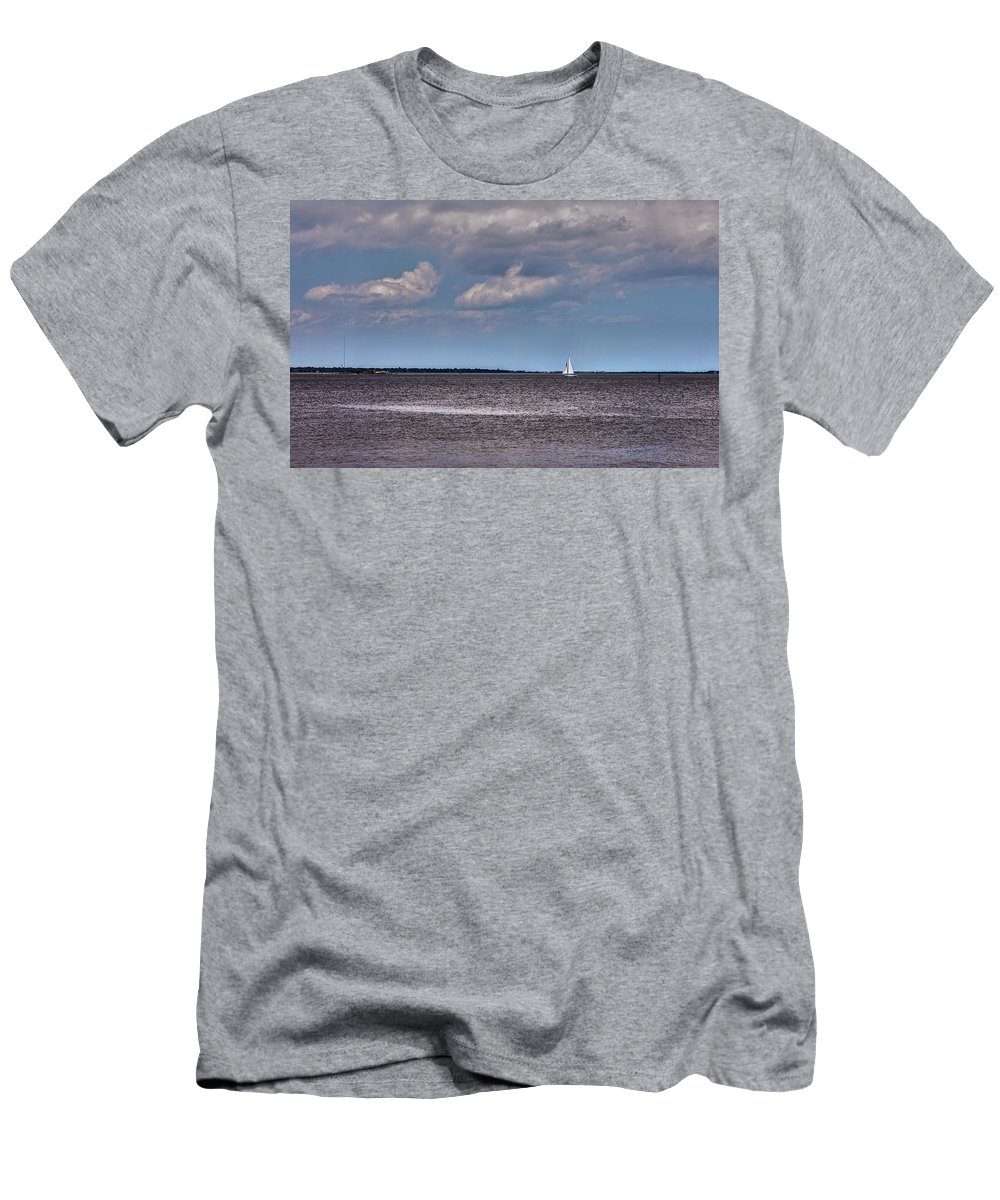 Charleston Men's T-Shirt (Athletic Fit) featuring the photograph Sailing by Sennie Pierson